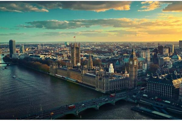 Can I play online casino in UK?